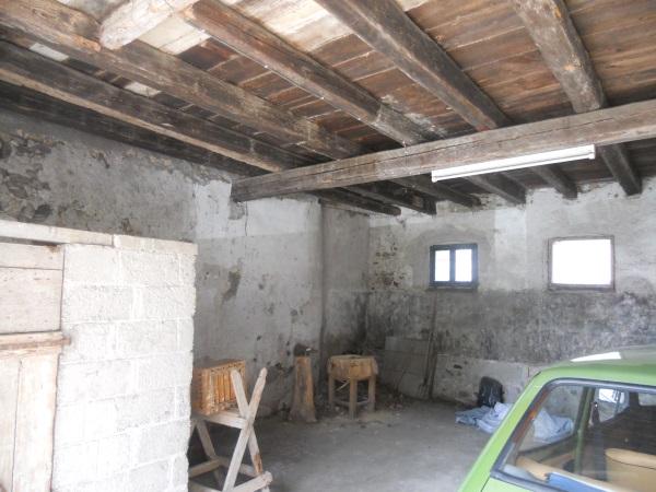 Rustico / casale tricamere in VENDITA  a Rodeano Alto (UD)