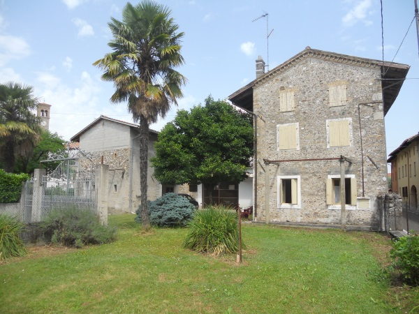 rustico / casale-in-vendita-a-Rive d'Arcano